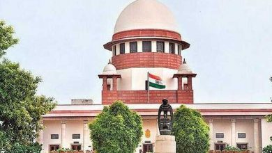 Supreme court bans new farm laws till further order, constitutes committee